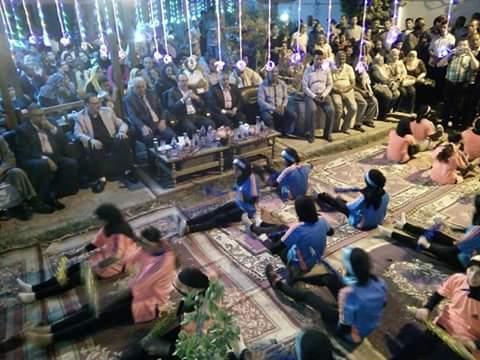 """بالصور .. """" محافظ بني سويف """" يتابع عروض المسرح المكشوف بمدينة ناصر"""