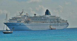 ميناء بورسعيد يستقبل السفينة السياحية AMADEA