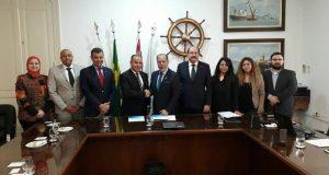 اقتصادية قناة السويس توقع مذكرة تفاهم مع ميناء سانتوس البرازيلي