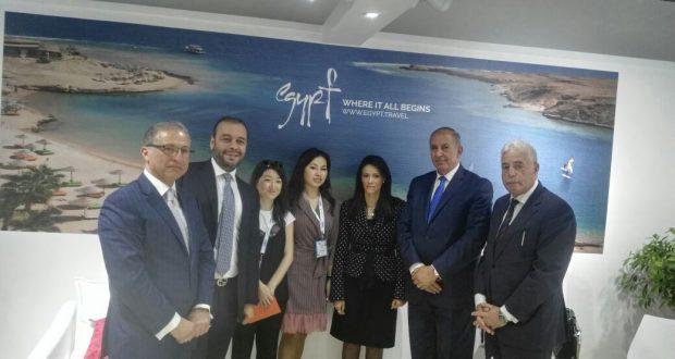 وزيرة السياحة تعقد لقاء مع منظمى رحلات من السوق الكازاخى وتستعرض نتائج المشاركة بمعرضKTF