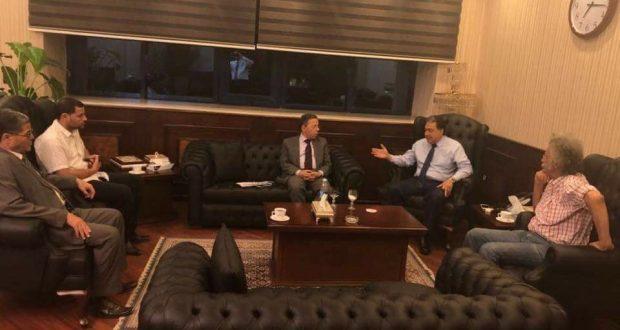 """وزير الصحة يبحث كافة السبل الممكنة لحل أزمة طبيب """"الشرقية"""""""