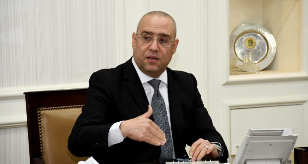 وزير الإسكان الجديد يعقد اجتماعه الأول مع قيادات هيئة المجتمعات العمرانية الجديدة لمتابعة موقف المشروعات