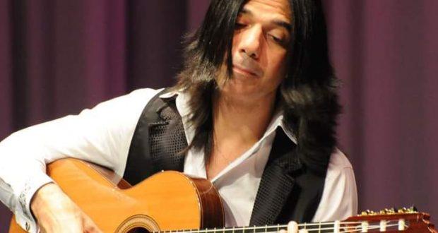 مصر تشرق بنجم عالمى (عماد حمدي) أفضل عازف للجيتار على الإطلاق و أدهش العالم بفنه الراقى المميز الكلاسىكى