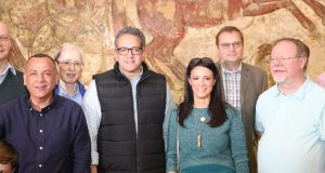 وزيرا الآثار والسياحة يصطحبان السفراء والمستشارين الثقافيين ل ١١ دولة أجنبية بجولة في آثار المنيا