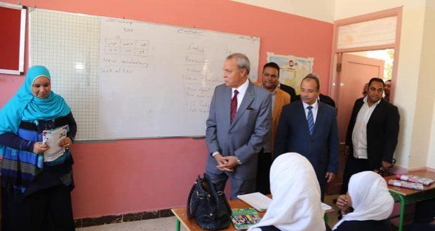 محافظ الهجان يفتتح ثلاثة مدارس جديدة ومخبز نصف الي بمدينة قنا