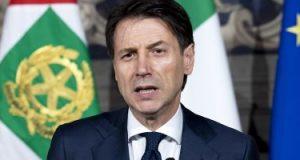 رئيس وزراء إيطاليا يعلن استقالته ويتهم وزير الداخلية بالسعى لمصالح شخصية