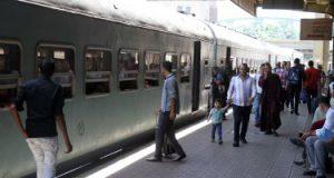 السكة الحديد تخصص رقم واتس آب لتلقى شكاوى برنامج حجز التذاكر عبر الموبايل