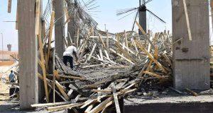 إصابة 5 أشخاص فى انهيار شدة خشبية خلال أعمال إنشاء معهد بمدينة سوهاج الجديدة